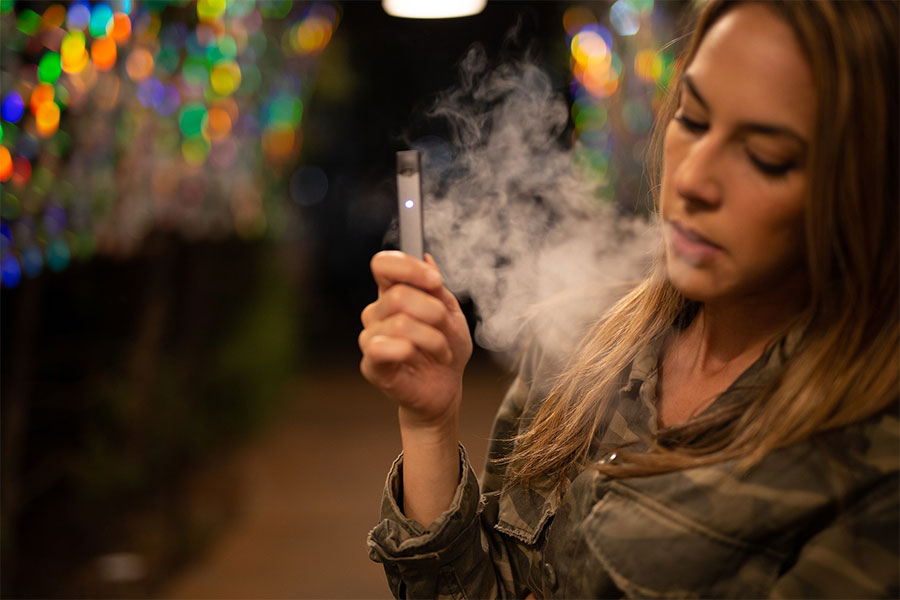 How Vaping can harm your teeth and your health